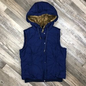American Eagle Outfitters Vest size L